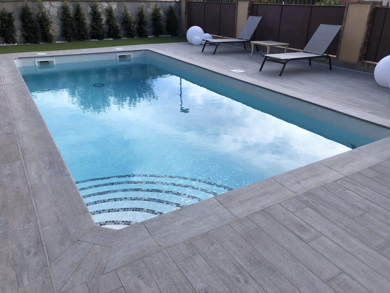 construcción de piscina para particular en vilafortuny