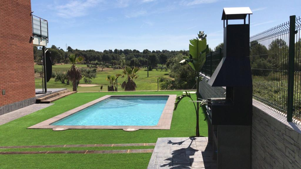 construcción de piscina particular Campo de golf Catllar 1