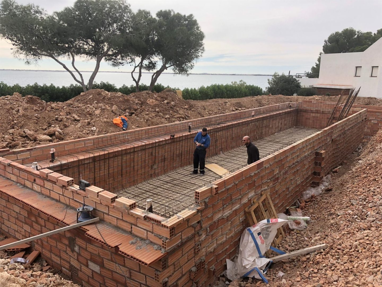 ENCOFRADO - paso construcción de piscinas en Altafulla