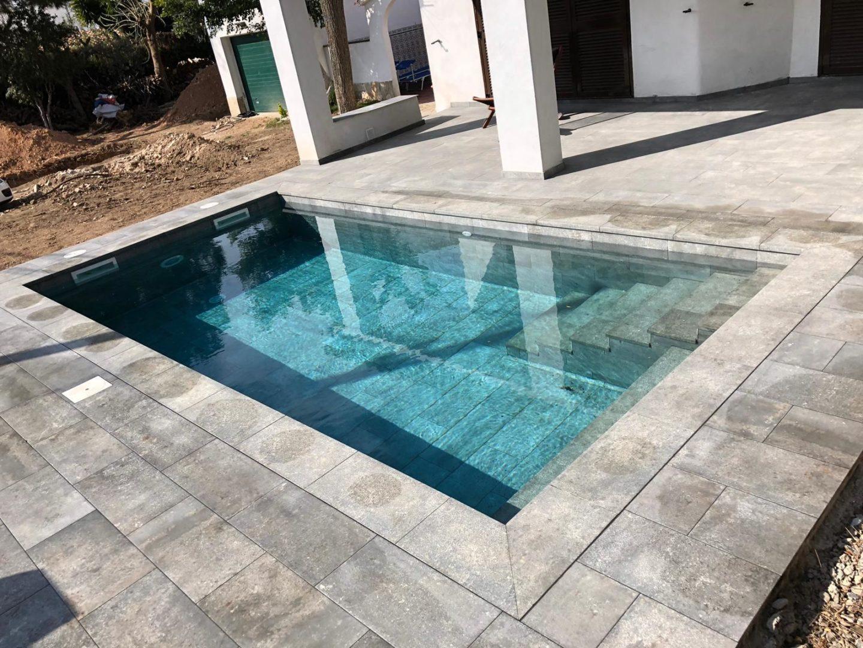 construcción de piscina porcelanico Cambrils 3